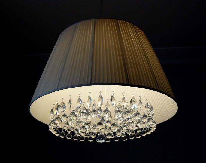 Lampadario Con Sfere Di Cristallo.Artigianaparalumi It Artigiana Paralumi Creazione Artigianale Di